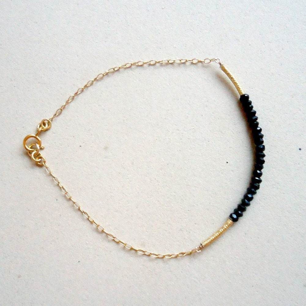 Thin Gold Chain Bracelet: Black Spinel Bracelet Gold Chain Bead Bar Thin Chain Skinny