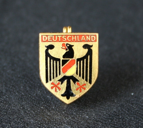 lapel pin Deutschland, vintage pin RESERVED LISTING