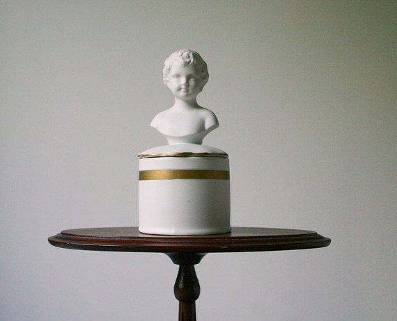 Porcelain box, vintage bust of a child