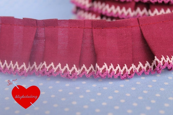 3 meters box pleated trim with crochet lace in berry