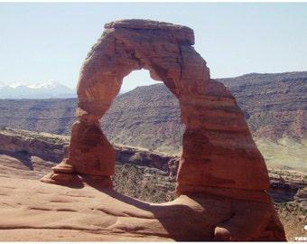 Delicate Arch print, Orange landscape art, Utah road trip, Moab landscape, Sandstone arch photo, Rustic home décor, Livingroom wall art