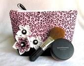 Medium Cheetah Print Makeup Bag