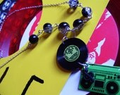 Green record, stereo & treble clef crackle bead music necklace