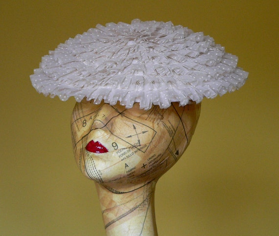 S A L E : 1950s White Fascinator Hat in Polka Dot Chiffon