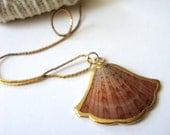 Vintage Shell Necklace : Salmon Fan vintage gold dipped seashell necklace