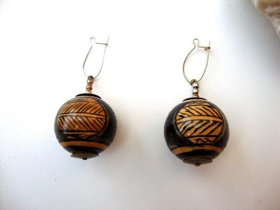 Vintage Artisan Earrings : Pottery Shards painted wooden bead indian earrings