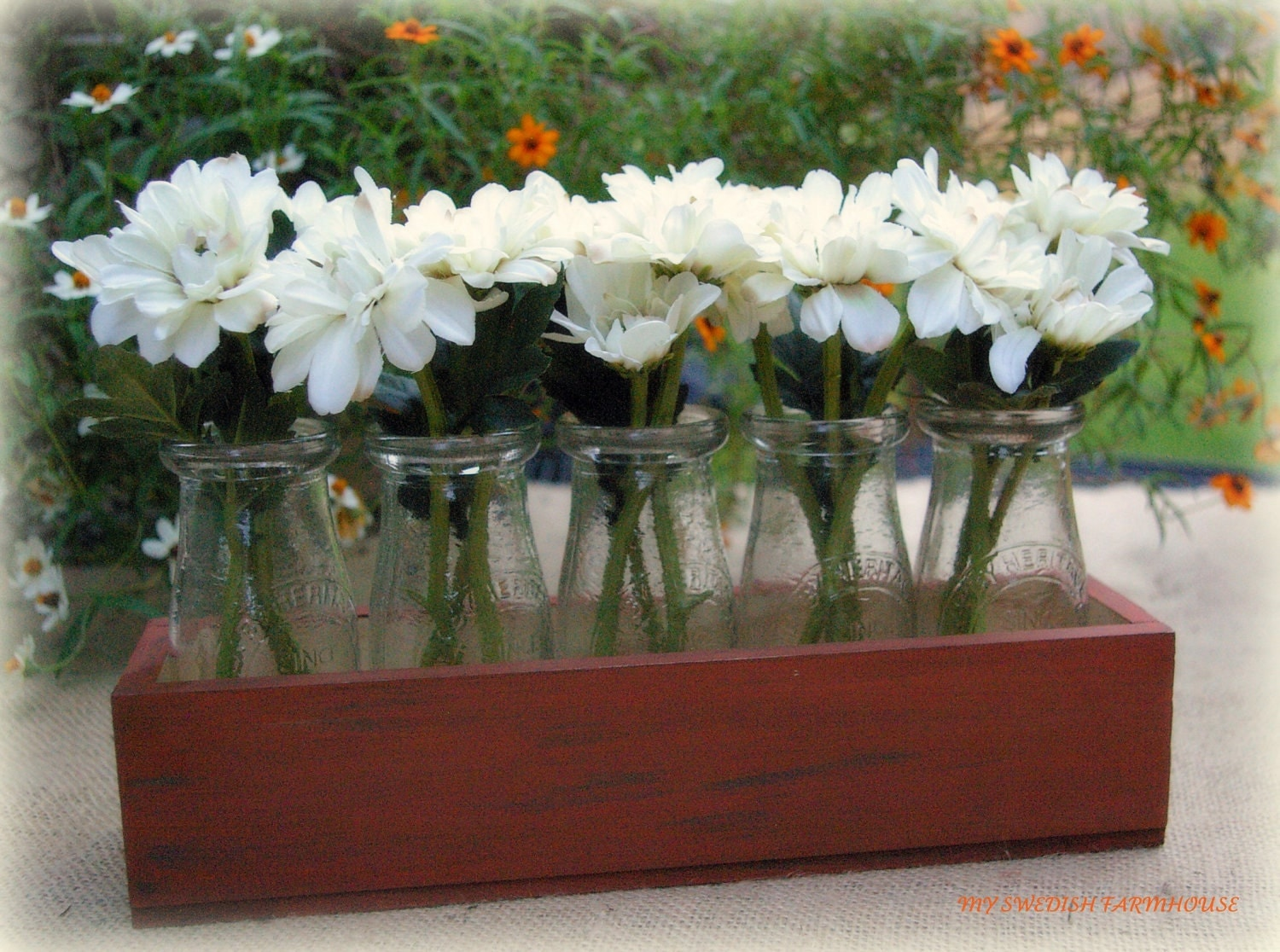 Wedding table centerpiece flower vase milk by