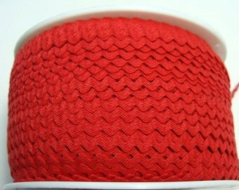 """11/64"""" Polyester Rick Rack - Red"""