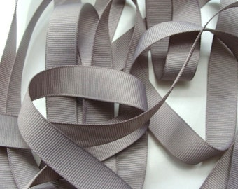 "5/8"" Grosgrain Ribbon - Silver (Gray)"