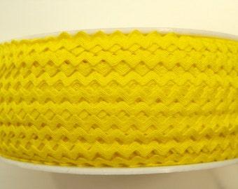 "11/64"" Rick Rack in Bright Yellow"