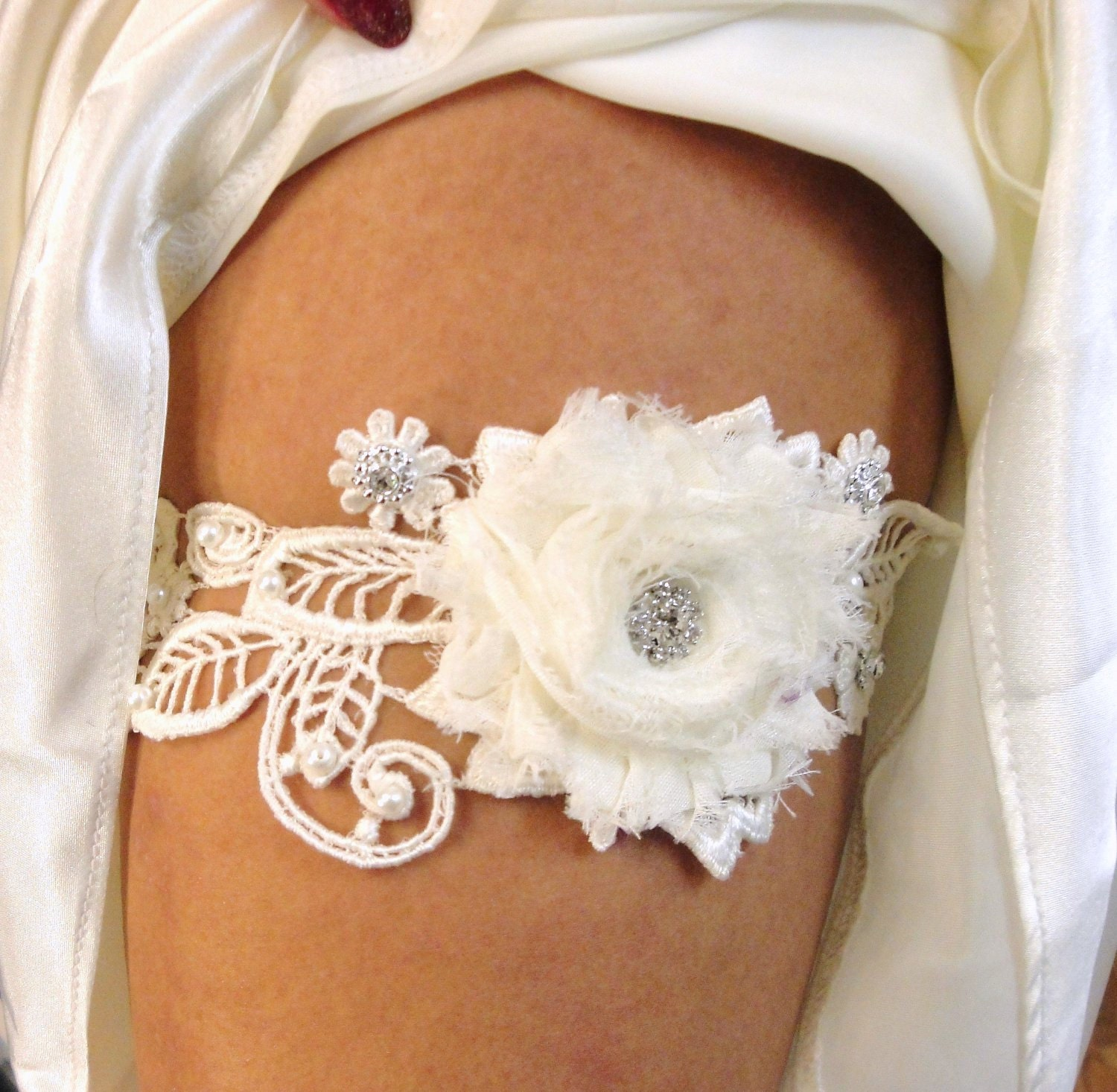 Wedding Garter Wedding bridal garter keepsake wedding belt