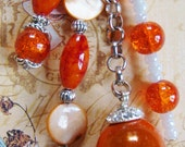 Keychain in shades of orange, marble beads, glass beads, crystal beads with beautiful silver cut out heart