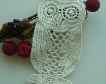 2 pcs Cute Owl  Lace Appliques, 50 X 105mm-Milk