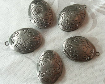 6 Pcs Antique Silver Floral Oval Locket, NICKEL FREE