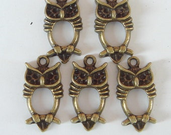 10 pcs Antique Brass Lovely Owl Charm, NICKEL FREE