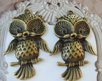 4Pcs Antiqued Vintage Bronze Lovely Owl  Charms / Pendants  27X42MM