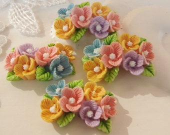 4 pcs Beautiful  Flowers Cabochon Colourful - Hand Painted - Yellow and Pink (CHBF-01)