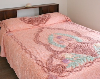 SALE Peach Beach Shell Floral Chenille Bedspread Full/Queen