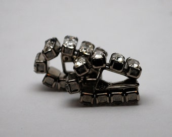 Gorgeous Vintage Linked Faux Diamond Clip On Earrings