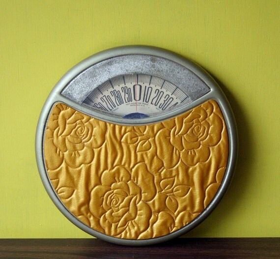 Round Counselor Golden Flower Bathroom Scale