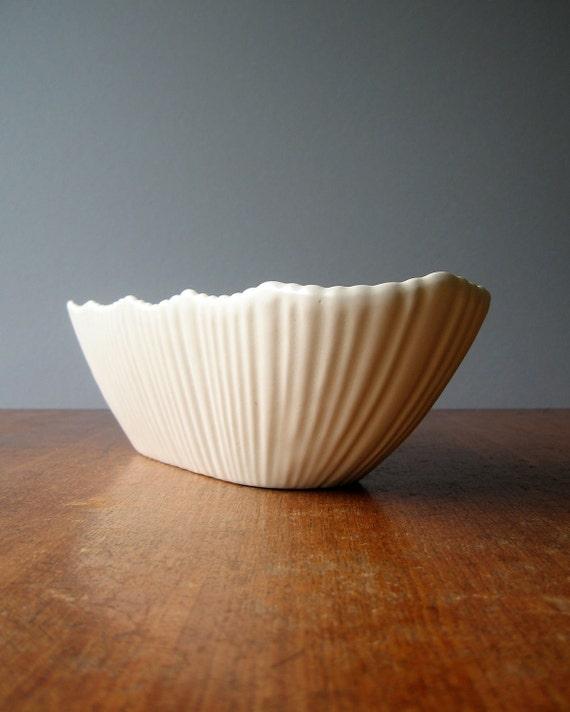 Mid Century Terrace Ceramics Planter / Hold All - White