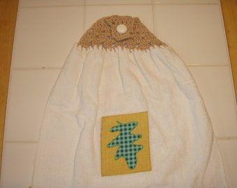 Crocheted Top Hanging Dish Towel (Double)