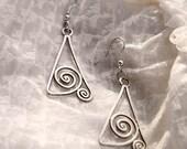 Handmade earrings Art Deco Art Nouveau silver wire wrapped