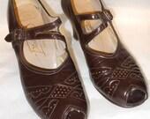 1940's brown peep toe pumps