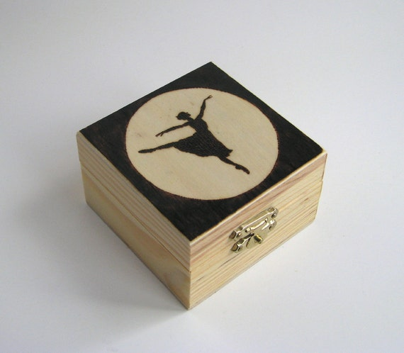 Ballerina trinket box - wood pyrography - jewelry box