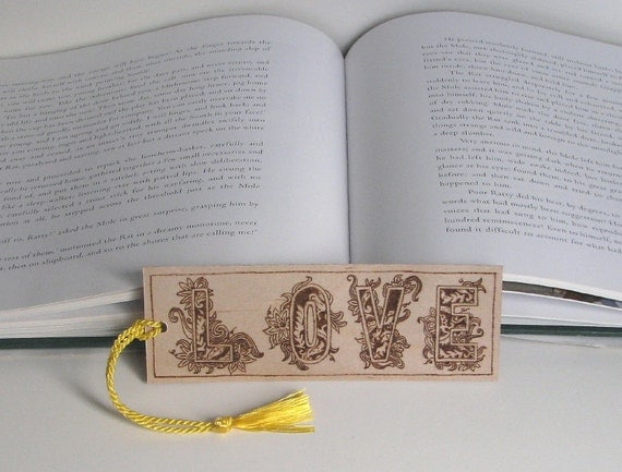 Wooden bookmark - pyrography - Love II