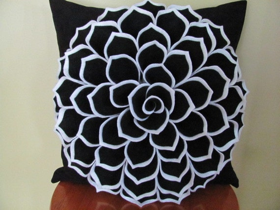 Fancy Throw Pillow Patterns : Items similar to Decorative Pillow Felt Flower Pillow Pattern SOPHIA FLOWER Fabric Flower ...
