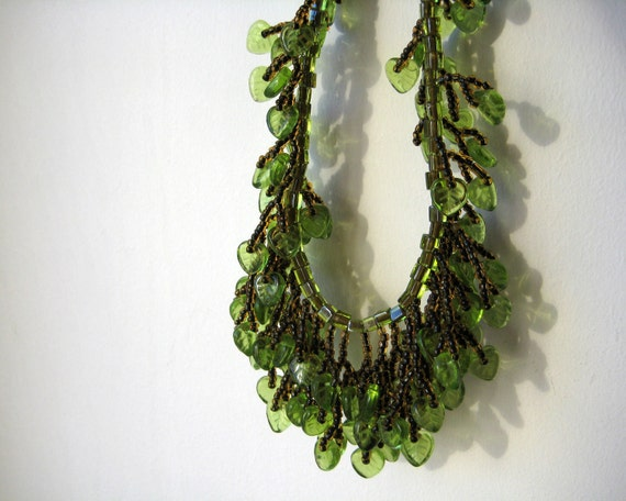 Green necklace, fringe, seed beads, necklace and earring set