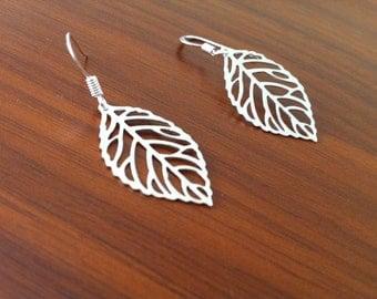 Dangle Leaf Silver Earrings