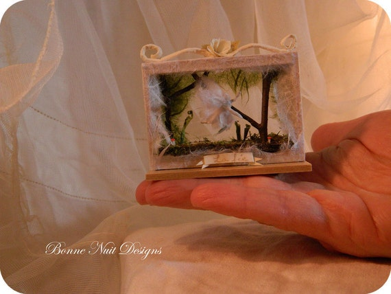 La Fée: Ethereal Fairy Art Doll Woodland Diorama Papier Mache Theater Scene