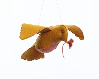Bird in flight PDF pattern, felt bird, sewing pattern, DIY sewing, crafts for kids, beginner sewing, bird ornament, hand sewing pattern