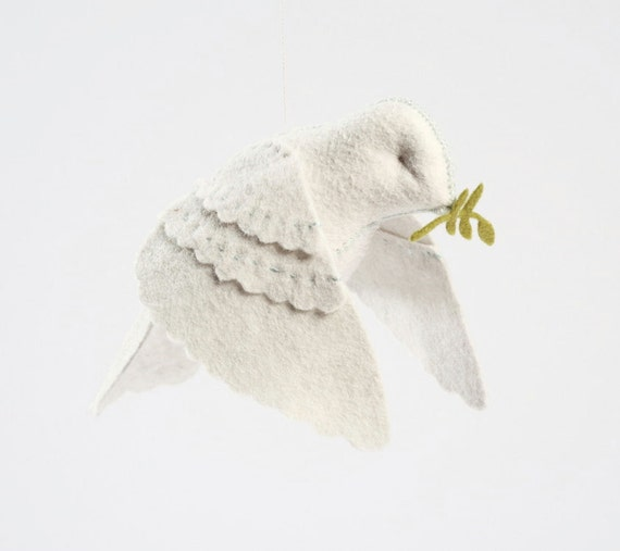 Dove in flight hand-stitching kit, peace dove, Christmas dove, hand-sewing, DIY dove kit, beginner sewing, crafts for kids, white dove