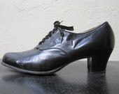 1940s Black Leather Oxford Heels Size 9.5