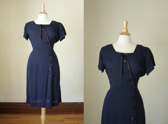 vintage 1950s navy dress// size large