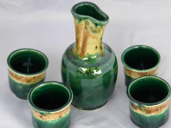 Emerald green and cappaccino mint sake set