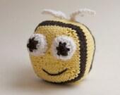 Bumble Bee Knitted Toy, stuffed animal, plush ball, handmade knitting amigurumi