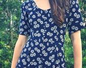 SALE Vintage Daisies Dress/Jumper