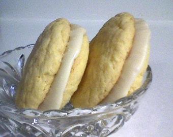 Irish Cream Sandwich Cookies (12 cookies)