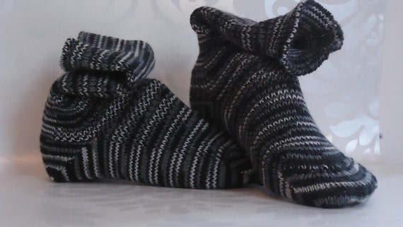 KNITTED WOOL SOCKS -  23 cm foot - Black and white stripes