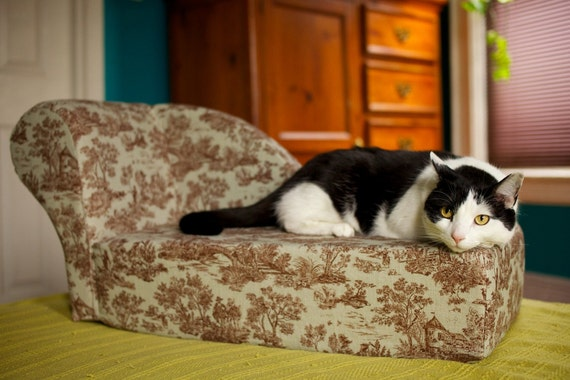 Items similar to marie mini cat chaise lounge on etsy for Cat chaise lounge