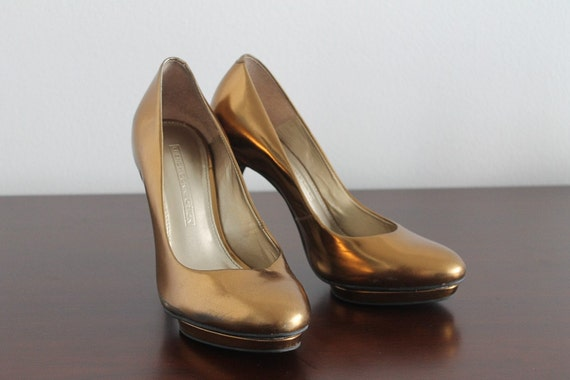 High heels gold women shoes must have glamour