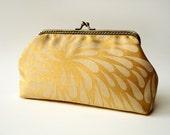 Clutch - Elegant Daisy Golden Sunset LeeLa Purse