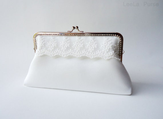 White Bridal Clutch with Wristlet Chain / Handle , wedding clutch, wedding bag, Bridal clutch, Purse for wedding
