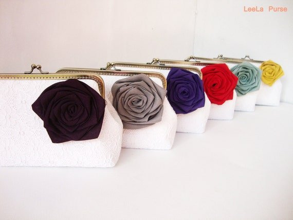 Sale 10% off - Customizable Bridesmaid Gifts - Set of 6 White Lace Clutches with Linen Rose Flower or Bow brooches