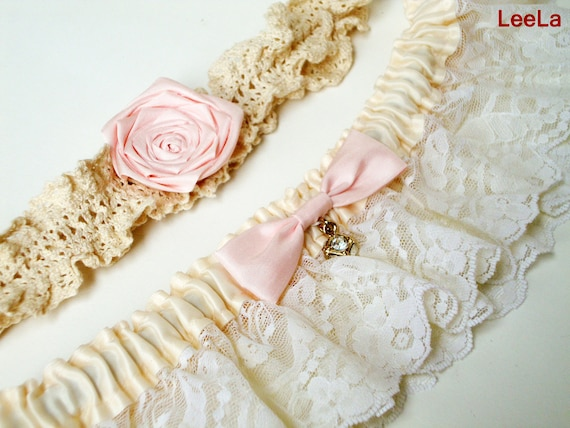 Personalized Bridal Garter (Choose your own color) - Vintage inapired - Promotion Price //