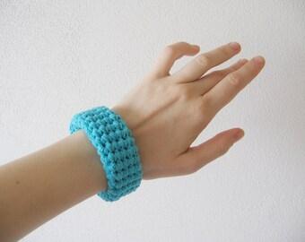 chunky crochet bracelet / bangle / cuff - turquoise